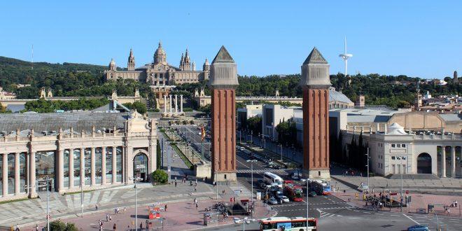 vehículos contaminantes cifras turísticas barcelona