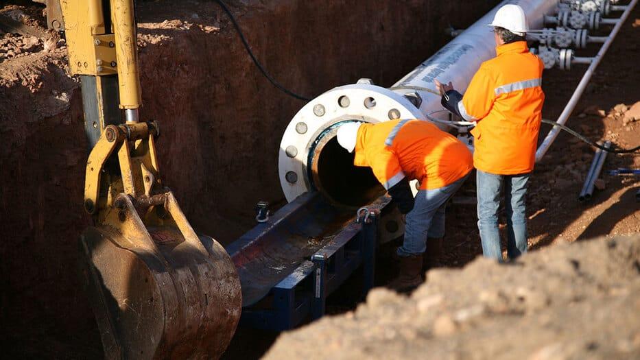 La mayor parte del gas argelino llega a España a través de las instalaciones de Medgaz y se prevé que en un futuro también servirá para transportar gas argelino hacia el continente europeo.