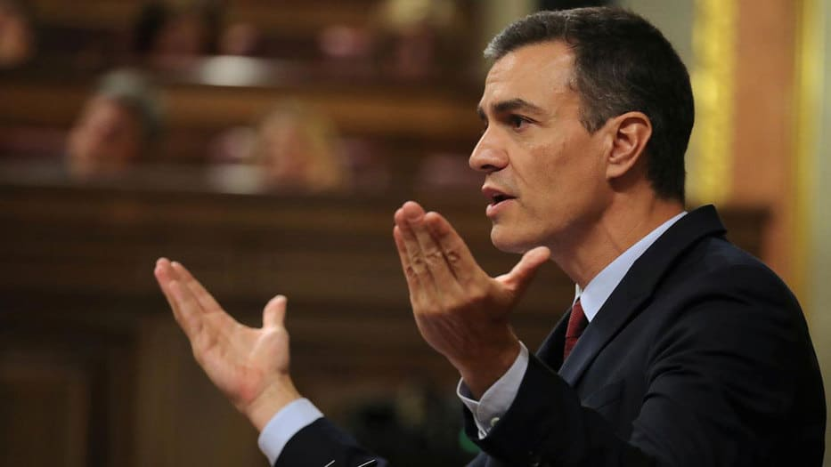 En Nueva York Sánchez expresó que visualiza dos amenazas importantes: la situación internacional, con la guerra comercial entre Estados Unidos y China y la inestabilidad política que confía que se resuelva con las elecciones del 10 de noviembre.