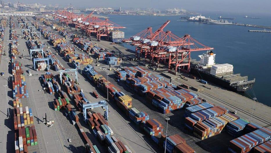 Las exportaciones de bienes y servicios se incrementaron un 2,2% respecto a 2017 en términos de volumen, frente al 2,3% estimado en marzo pasado.
