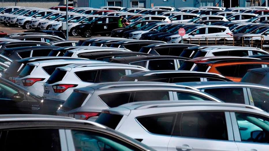 Se detiene el desplome de la producción de coches en el país.