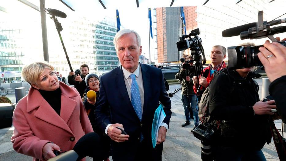 Michel Barnier, negociador del Brexit, confirmó la prórroga tras la reunión con los 27 embajadores de la UE.