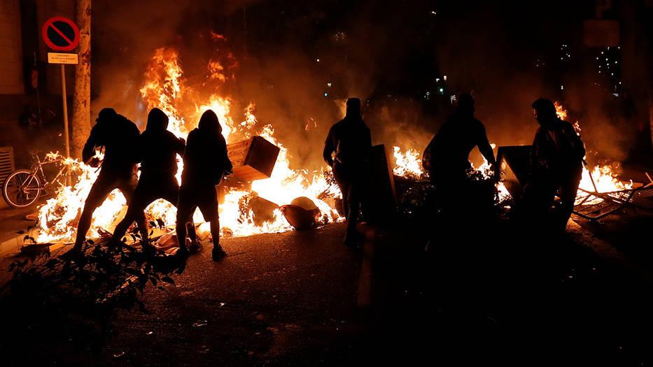 Protestas independentistas desataron violencia en Barcelona