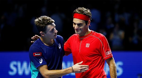 El australiano Alex de Miñaur elogió el juego de Roger Federer, quien lo venció en dos sets 6:2, 6:2