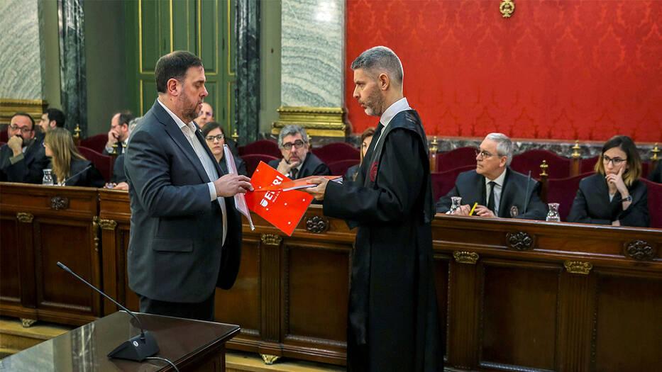 Oriol Junqueras, uno de los líderes del procés que espera sentencia, compareciendo ante el Tribunal Supremo