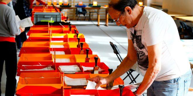 Elecciones en Suiza: Mayoría para los conservadores, pero ascienden los Verdes