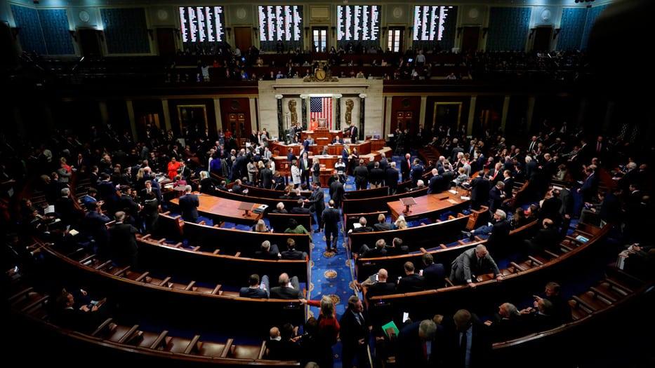 La medida del Congreso estadounidense oficializa el proceso de juicio político contra Trump.