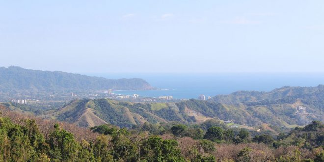 Entre los ejes del Plan Nacional de Descarbonización de Costa Rica está la consolidación de un modelo de gestión de territorios rurales, urbanos y costeros que facilite la protección de la biodiversidad, el incremento y mantenimiento de la cobertura forestal.