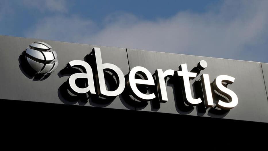 La corporación manifestó que la acción se enmarca dentro de la estrategia de Abertis de concentrarse en el sector de gestión de autopistas.