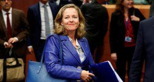 La ministra de Economía Nadia Calviño remitirá el Plan Presupuestario a la Comisión Europea en Bruselas en cumplimiento de la normativa comunitaria.