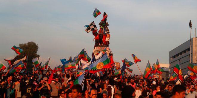 Acuerdo en Chile: Congreso aprobó plebiscito para una nueva Constitución en 2020