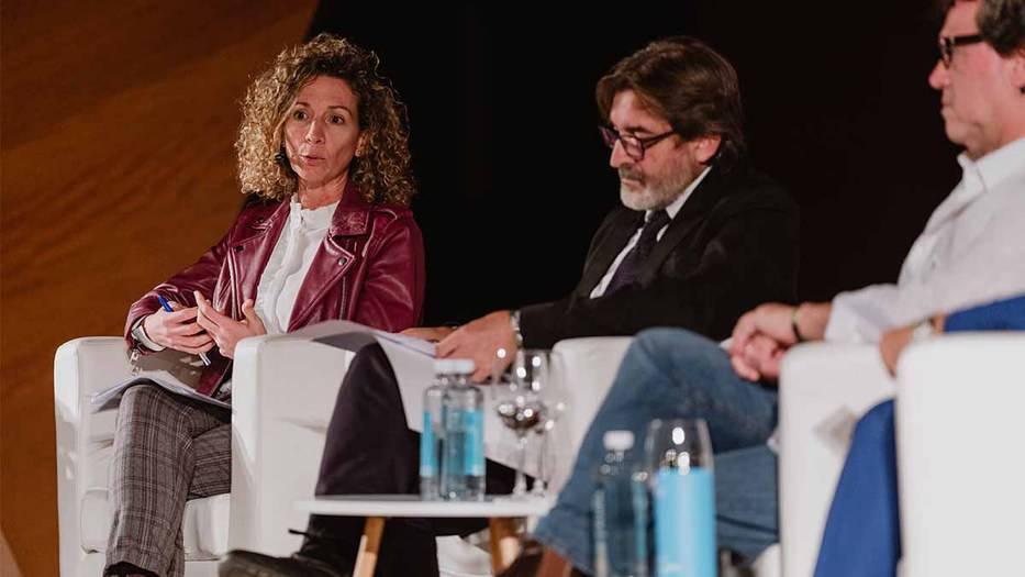 Elena Fernández Rodríguez, subdirectora de responsabilidad social corporativa y sostenibilidad de Correos. (Foto: Á. Santamaría)