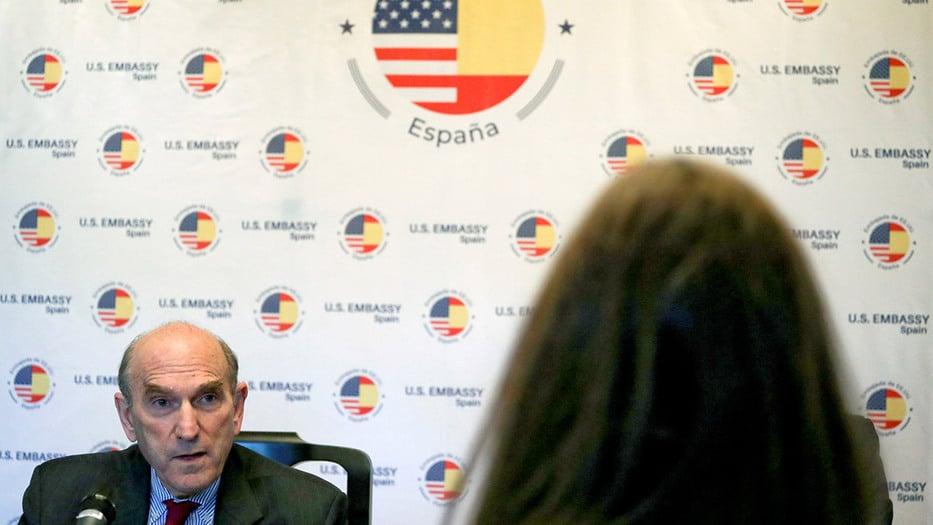 Elliott Abrams calificó de vergonzosa para el gobierno español la desaparición del ex jefe de inteligencia