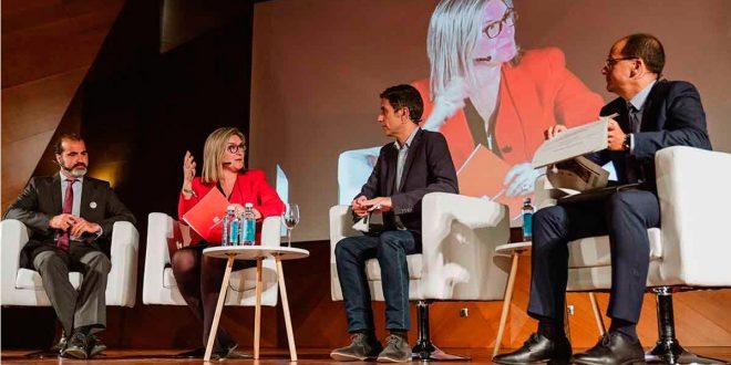 Inés Leal destaca la importancia de las ciudades inteligentes e infraestructuras urbanas
