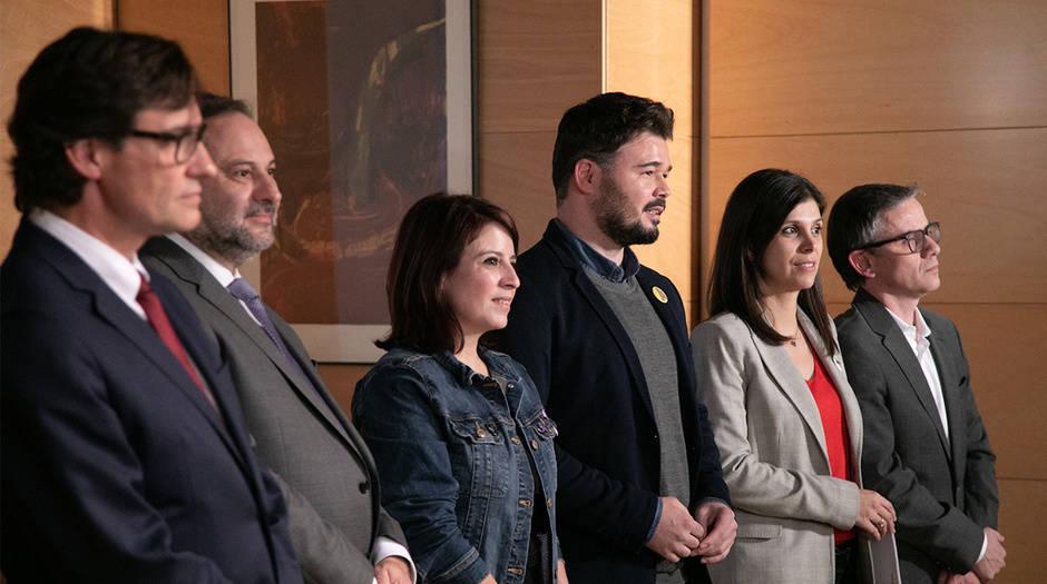 Videoblog de Gorka Landaburu: Habrá gobierno para Nochebuena. En la imagen el encuentro entre el PSOE y ERC.