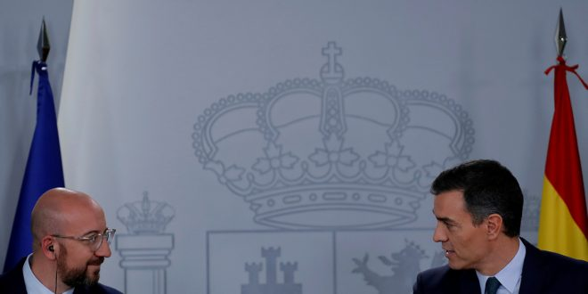 Pedro Sánchez reitera apuesta al diálogo en Cataluña, mientras ERC niega apoyo a la investidura