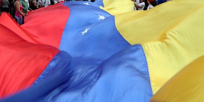 """Resultado de imagen para Unión Europea prorrogó por un año las sanciones contra Venezuela"""""""