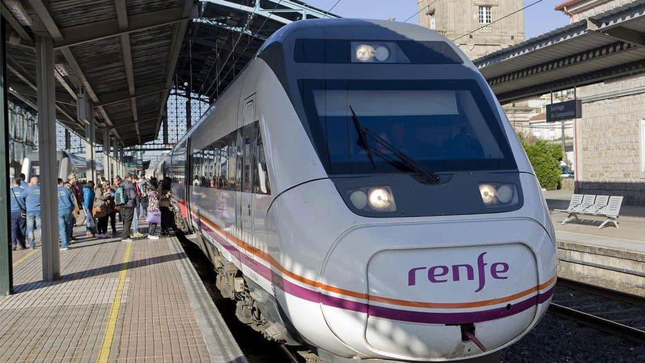 Con la entrada de la participación privada en la operación ferroviaria culmina el monopolio del sector y muy probablemente disminuirán las tarifas de transporte/Renfe/Web