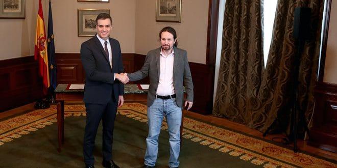 Desde expresidentes hasta militantes de partidos cargan contra el pacto PSOE-Podemos