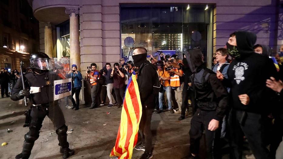 Banco de España pone sus ojos en el conlicto de Cataluña