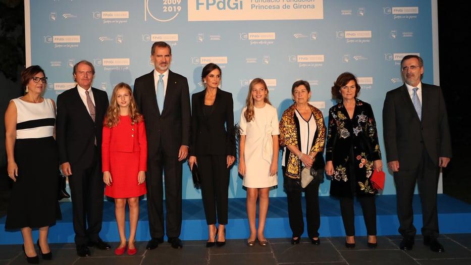 La familia Real junto a representantes de Estado durante la ceremonia de la Princesa de Girona 2019