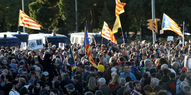 49,8% de los españoles quiere soluciones políticas para Cataluña