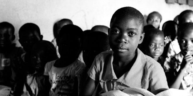 En los niños y adolescentes del planeta hay 346 millones sin acceso a la tecnología