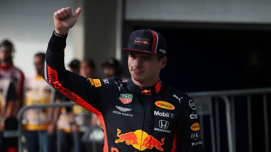 Max Verstappen celebra su pole position en el GP de Brasil