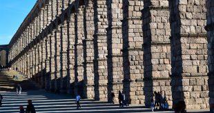 """""""Invest in Cities"""" contó en su primera edición con la participación de diez ciudades españolas y más de 300 inversores/Imagen del acueducto de Segovia"""
