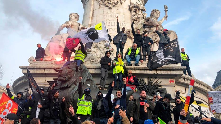Trabajadores franceses salieron a las calles a protestar