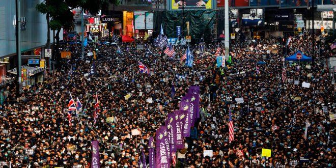Miles de personas se concentraron en Hong Kong para exigir respeto a los derechos humanos