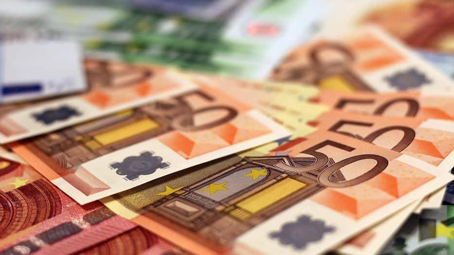 El saldo adverso corresponde a la diferencia entre unos derechos reconocidos por operaciones no financieras de 134.268,43 millones de euros y unas obligaciones reconocidas de 139.973,54 millones de euros