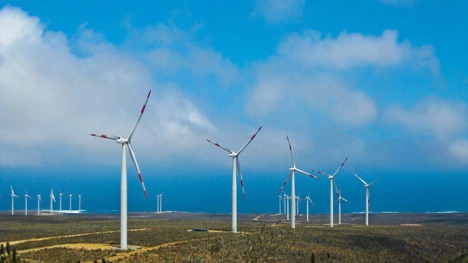 La Asociación Empresarial Eólica (AEE) señaló que al cierre de noviembre se han incorporado1.634 MW, con lo que la potencia eólica nacional instalada acumulada es de 25.223,5 MW