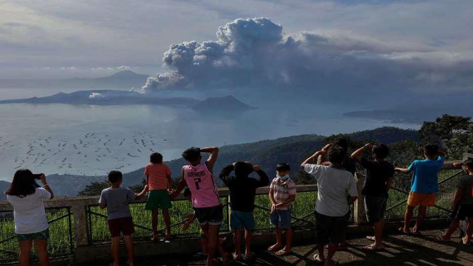 Las poblaciones cercanas han sido evacuadas