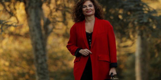 """María Jesús Montero: """"Con ERC se acordó la gobernabilidad y en eso entrarían los Presupuestos"""""""