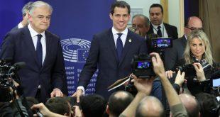 Tras una reunión con diputados de la Unión Europea Juan Guaidó atendió a la prensa