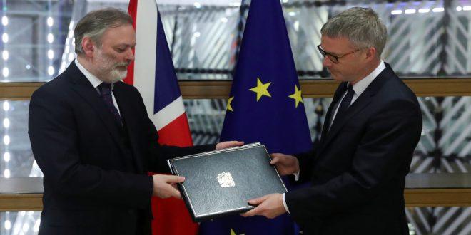 Reino Unido entregó al Parlamento Europeo la carpeta del Brexit