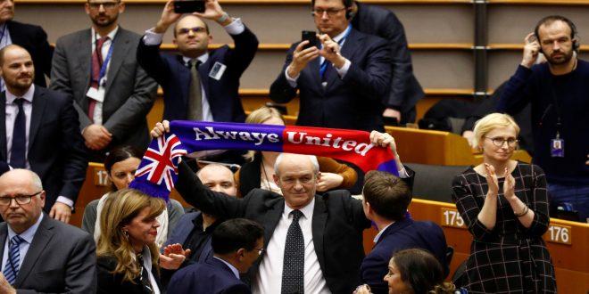 Parlamento Europeo aprobó el acuerdo sobre el Brexit