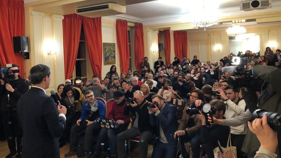 Juan Guaidó en Francia pudo reunirse con la diáspora venezolana