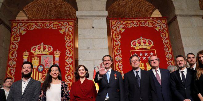 Visita de Guaidó causó borrasca política en España