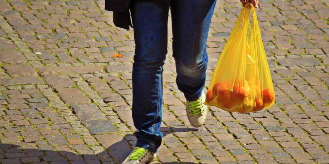 China avanza en la guerra contra el plástico