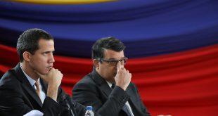 El presidente Juan Guaidó y el primer vicepresidente de la AN, Carlos Berrizbeitia