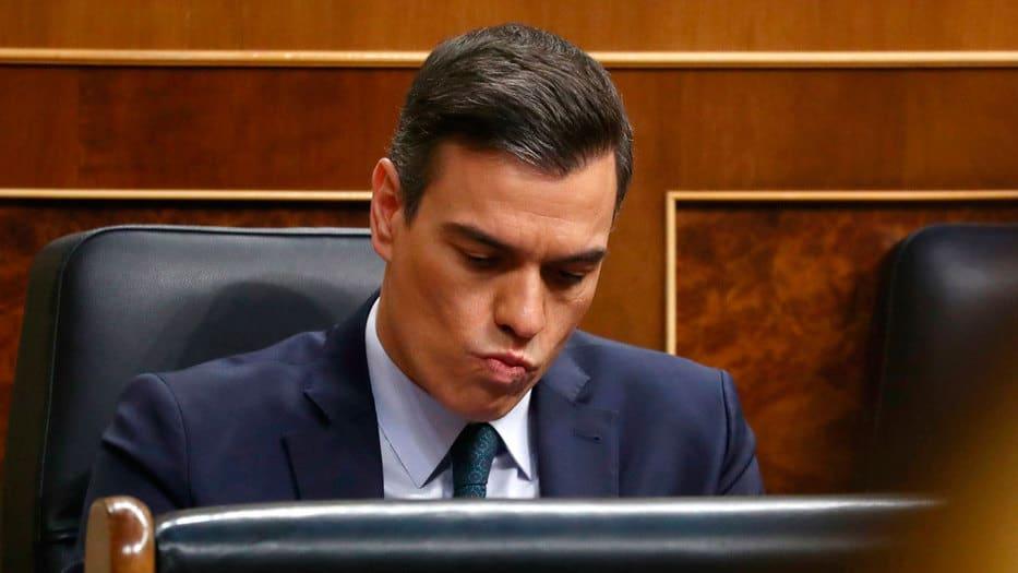 El líder del PSOE deberá espera hasta el martes para la segunda votación de investidura