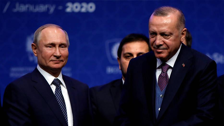 Los presidentes de Rusia, Vladimir Putin y de Turquía, Recep Tayyip Erdogan, inauguraron nuevo gasoducto que abastecerá a Turquía y a Europa con más de 30.000 millones de metros cúbicos de gas ruso al año.