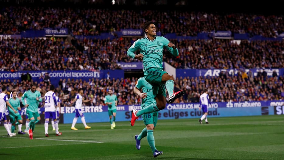 Varane celebra el primer tanto del Real Madrid