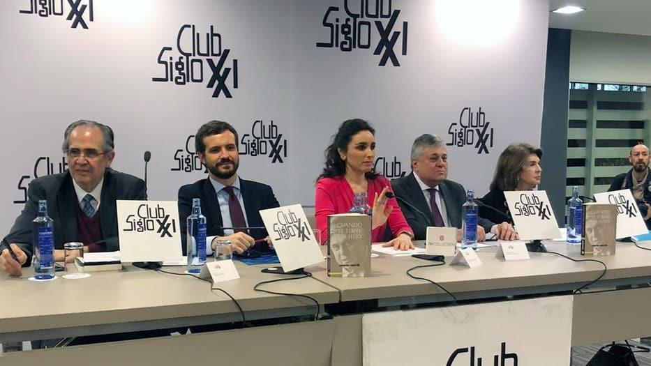 López Gil presentó su libro
