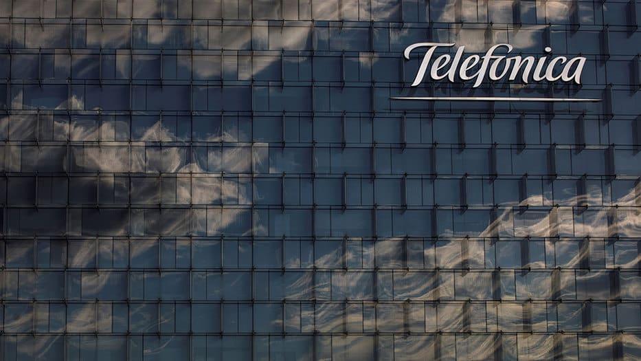 Cayeron acciones de Telefónica