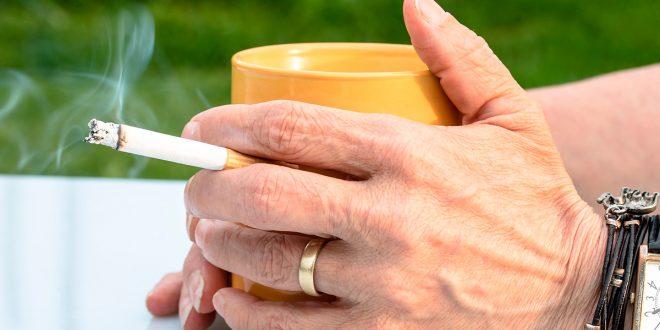Revisar la fiscalidad, nuevas formas de fumar y aumentar los espacios libres de humo van en línea con la lucha contra el consumo de tabaco/Pixabay
