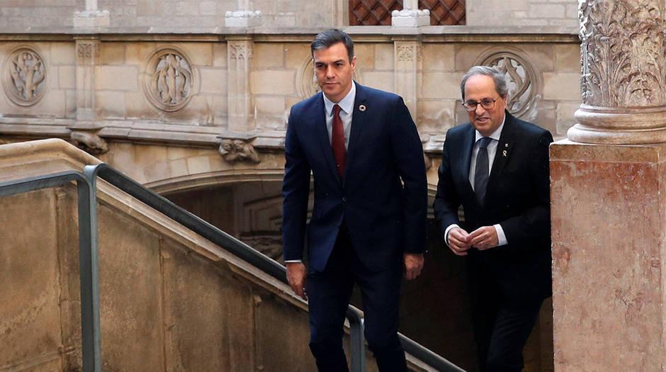 El presidente de Gobierno, Pedro Sánchez y el president de la Generalitat, Quim Torra, en su encuentro en Cataluña
