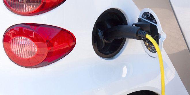 Se triplicarán en 2020 las ventas de vehículos eléctricos